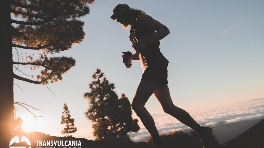 Imagen de archivo de un corredor de la Tansvulcania.