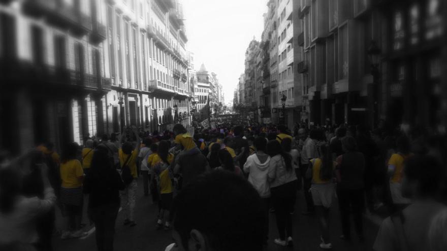 Manifestación 24 de Octubre en Barcelona a su paso por Via Laietana. Merche Negro.