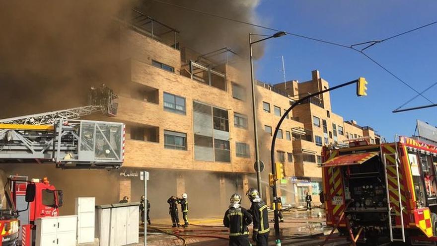 Un incendio en un bar de Parla causa 16 heridos, cuatro de ellos trasladados a dos hospitales