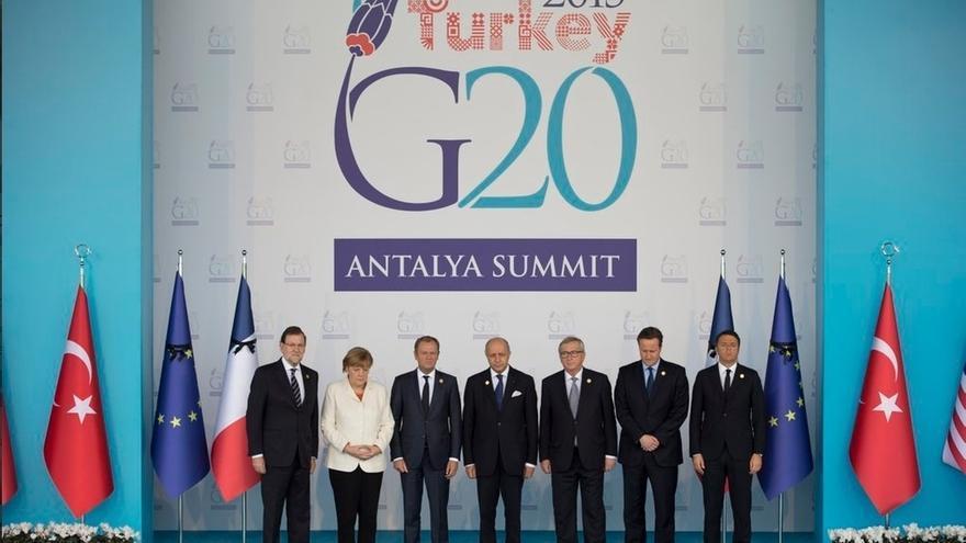 Merkel invita a Rajoy a una cumbre en Berlín el 18 de noviembre con Obama, Hollande, May y Renzi
