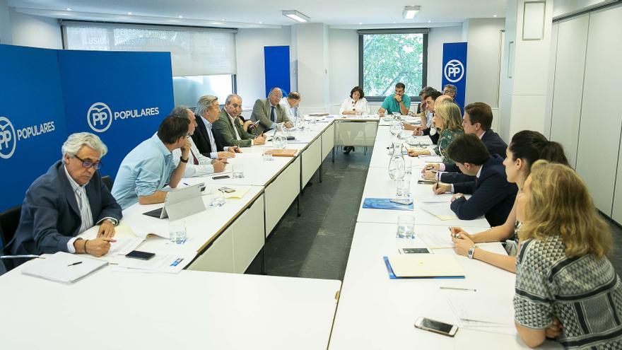 Reunión de la Comisión Organizadora del congreso del PP.