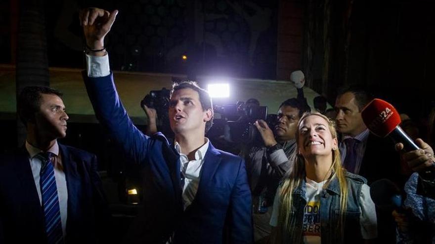 """Rivera se reunió con Capriles, de quien percibió mucha """"fuerza y ganas"""""""
