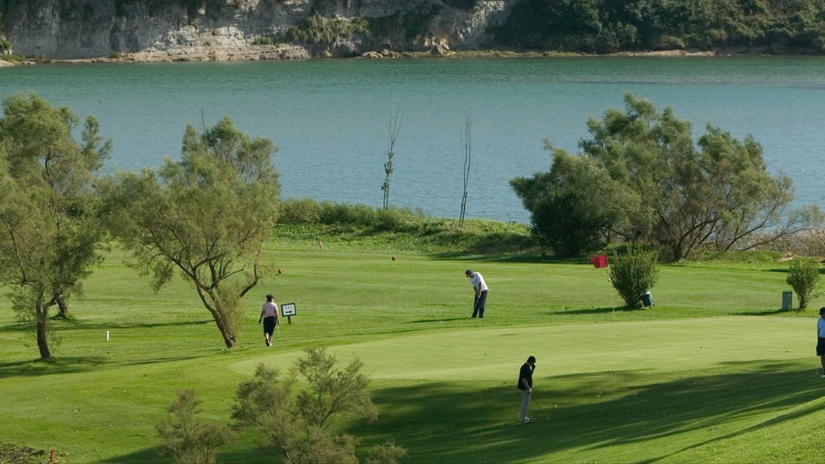 Campo de golf Abra del Pas- Celia Barquín.
