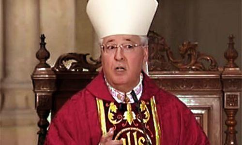 El obispo de Alcalá carga contra la homosexualidad, en una homilía retransmitida por TVE