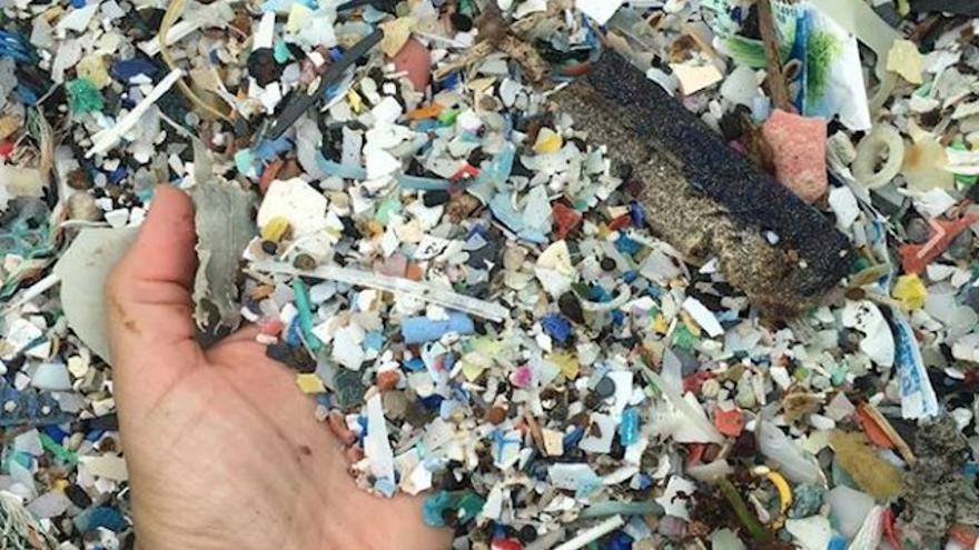El Gobierno aprobará antes de fin de año las tasas para los residuos inertes e industriales en la región