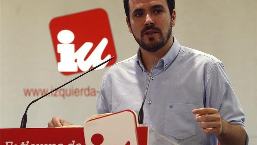 Alberto Garzón llama a los partidos a facilitar un referéndum en Cataluña