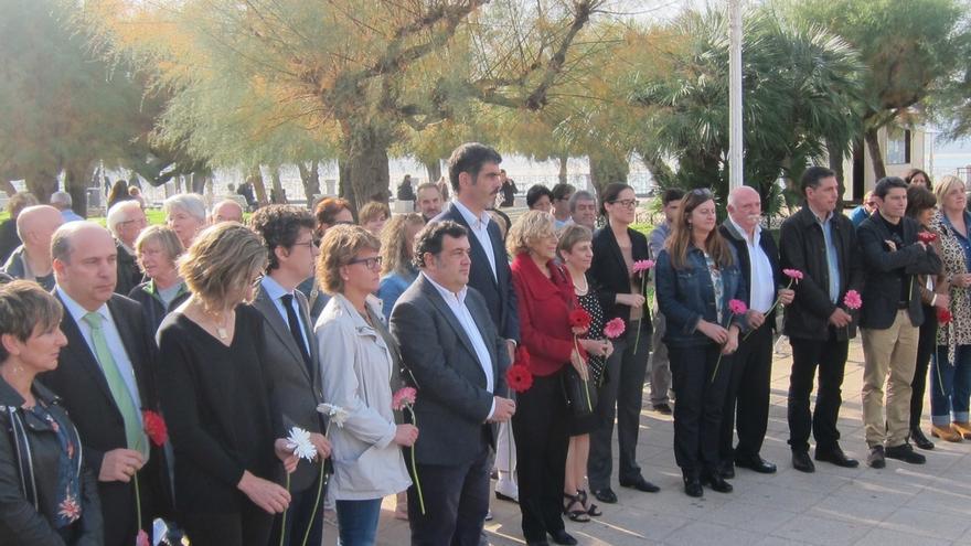 PNV, PSE-EE, PP e Irabazi de San Sebastián asisten al Día de la Memoria convocado por Goia, con presencia de Carmena