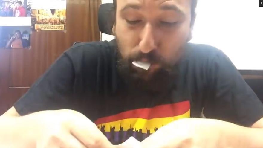 Pablo Hijar se come el recibo del ICA