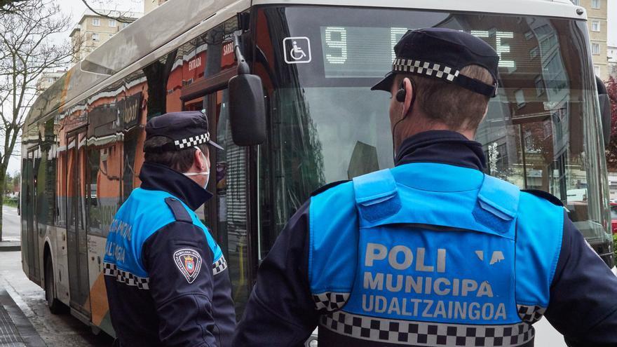Policía Municipal de Pamplona propone para sanción a 17 personas por incumplir el estado de alarma