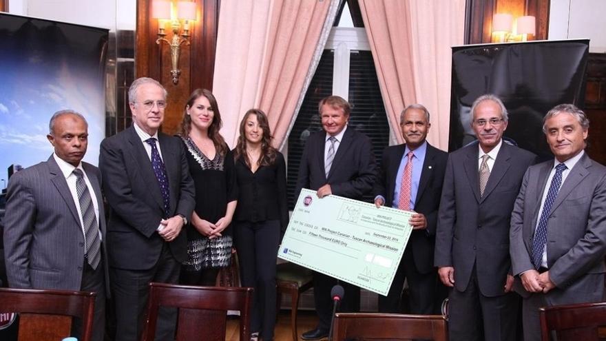 En la imagen, Álvarez y Morfini con los embajadores y representantes de la FIAT.