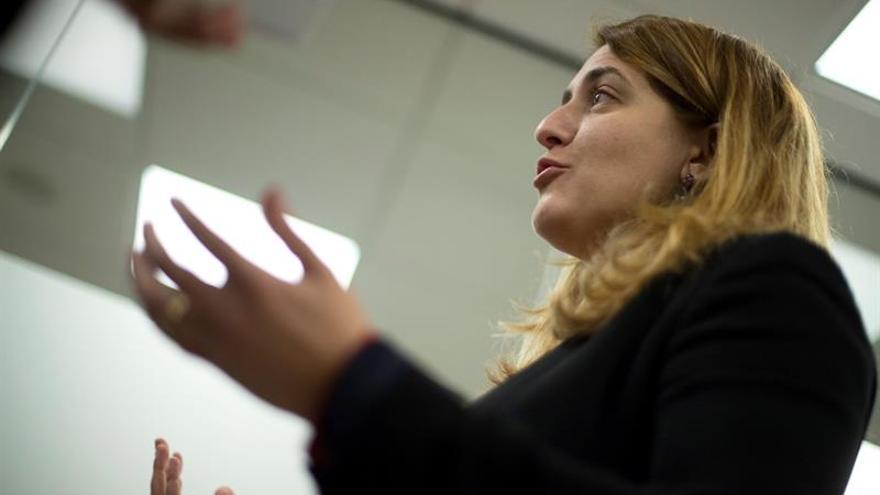 Marta Pascal (PDeCAT) vive la jornada electoral como vocal de una mesa en Vic