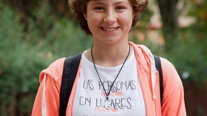Claudia Ballesteros tiene 14 años y ha sido seleccionada por Greenpeace como heroína para salvar el planeta y representar en París la voz de la ciudadanía española.