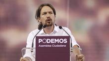 Pablo Iglesias, en el escenario de Vistalegre en la Asamblea fundacional de Podemos. / Marta Jara