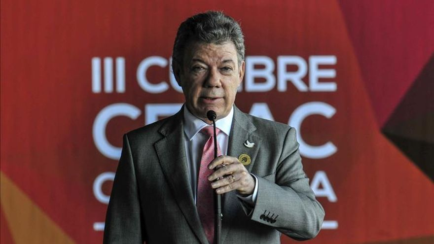 Los colombianos enfrían su idilio con Santos ante los vaivenes del proceso de paz