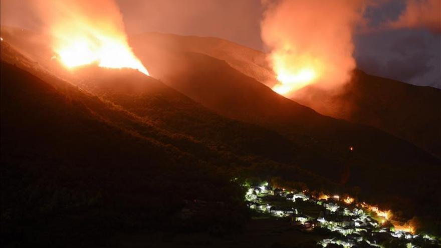 Controlado el incendio de Rubiá (Ourense), que quemó 200 hectáreas