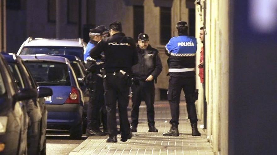 Una mujer herida grave al recibir 20 puñaladas en su casa en Salamanca