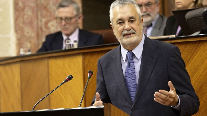 Griñán comparece este miércoles a petición propia ante el Pleno del Parlamento sobre el caso de los ERE