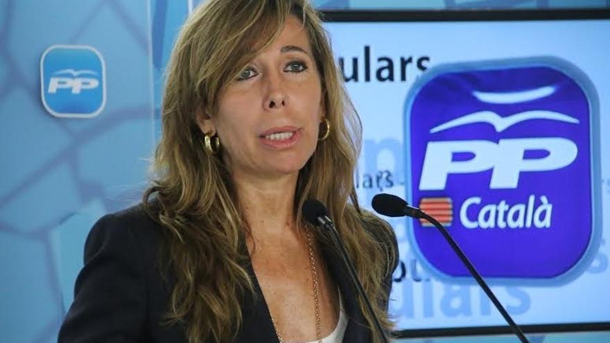 """Camacho (PP) avisa de que el Estado aplicará el artículo 155 si Mas sigue con su """"desafío"""""""