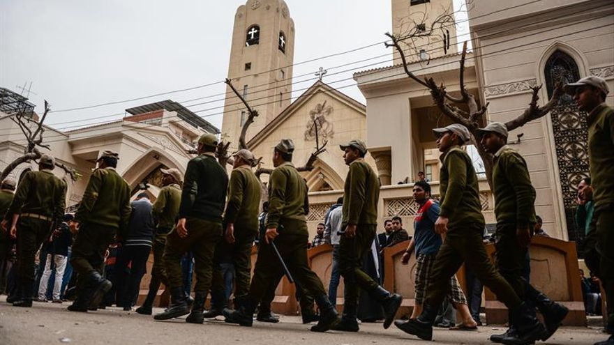El presidente de Egipto decreta el estado de emergencia tras los ataques a las iglesias