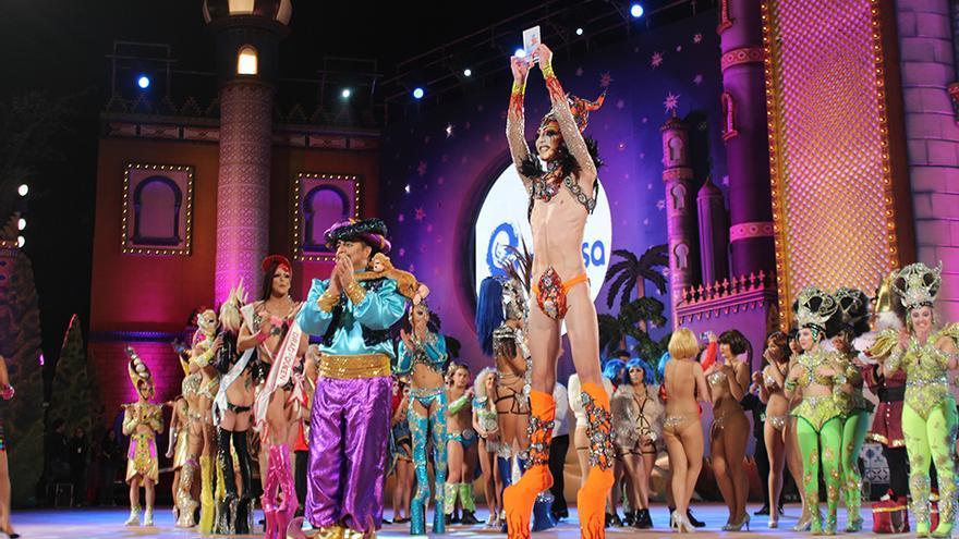 La Drag Queen ganadora de la Gala del Carnaval de 'Las mil y una noches', Drag Valkiria.