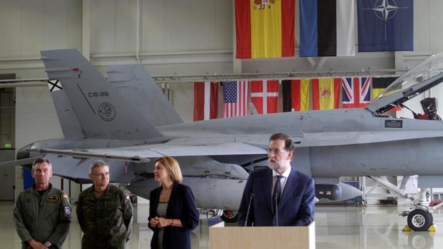 Rajoy inicia en Estonia una visita a las tropas en los países bálticos en misiones de la OTAN