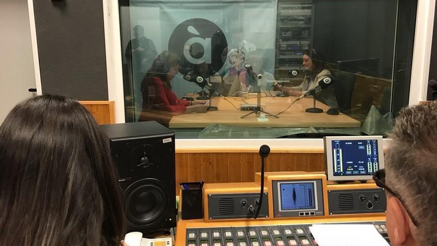 Un estudio de radio de À Punt