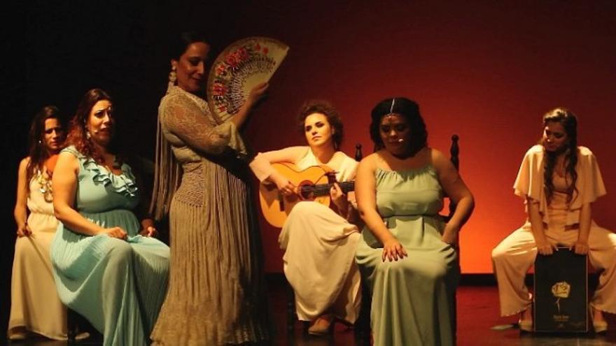 Mehstura, flamenco de las mujeres