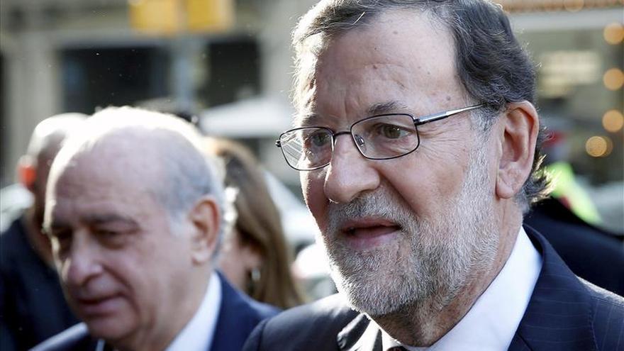 """Rajoy ve ahora """"margen"""" para rebajar el IVA cultural"""