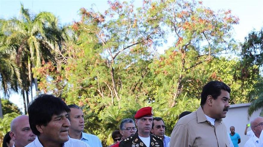 Evo Morales expresa sus condolencias a los familiares de las víctimas del accidente aéreo