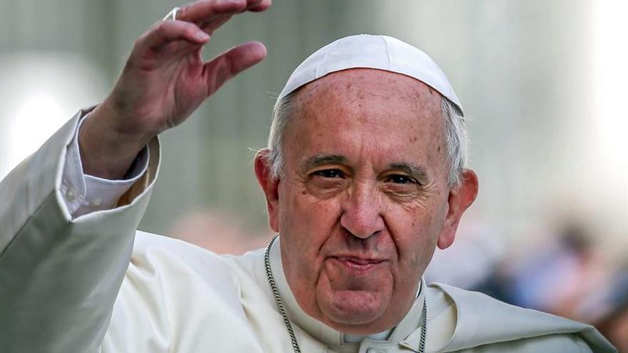 El Papa aboga por acompañar sin rigidez a los divorciados a los sacramentos