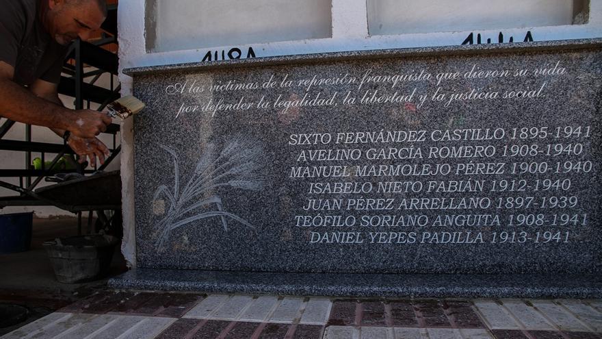 Jornada de memoria histórica en Abenójar, 3 de mayo de 2014. Foto: Óscar Rodríguez / ARMH