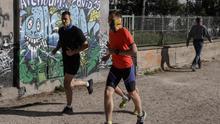 El deporte vuelve a la calle con cautelas y desacuerdo científico en cuanto a la distancia de seguridad