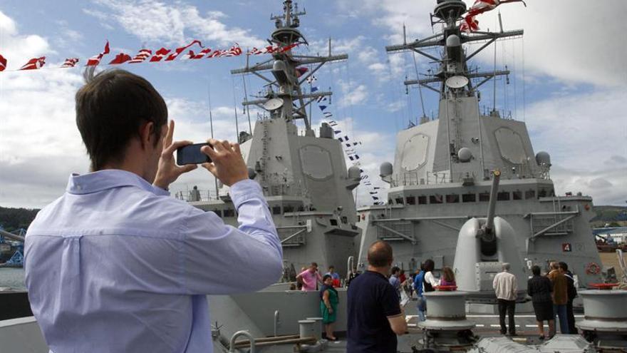 El papa agradece la labor de los militares de la fragata Cantabria de la Armada