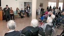 Futuras residencias de mayores: reforzadas sanitariamente, y más pequeñas para atenderlos en casa