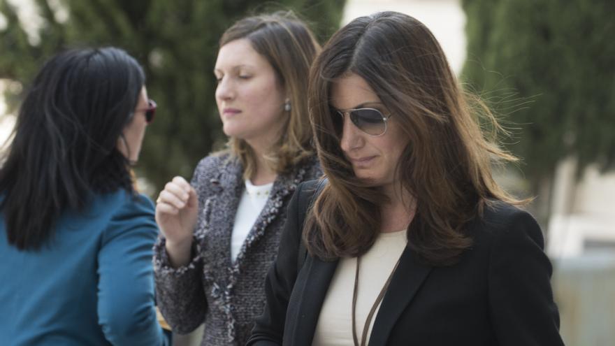 Clara Souto, miembro del supuesto tribunal que evaluó a Cristina Cifuentes