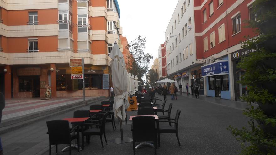 Para los comerciantes de Ruíz de Alda la peatonalización ha supuesto una reactivación económica