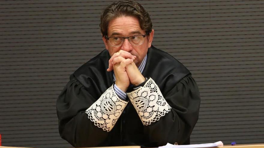 El juez Salvador Alba, en un juicio. (ALEJANDRO RAMOS)