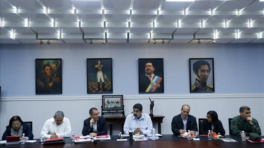Maduro acepta la mediación de Brasil y Argentina e insta a Santos a reunirse