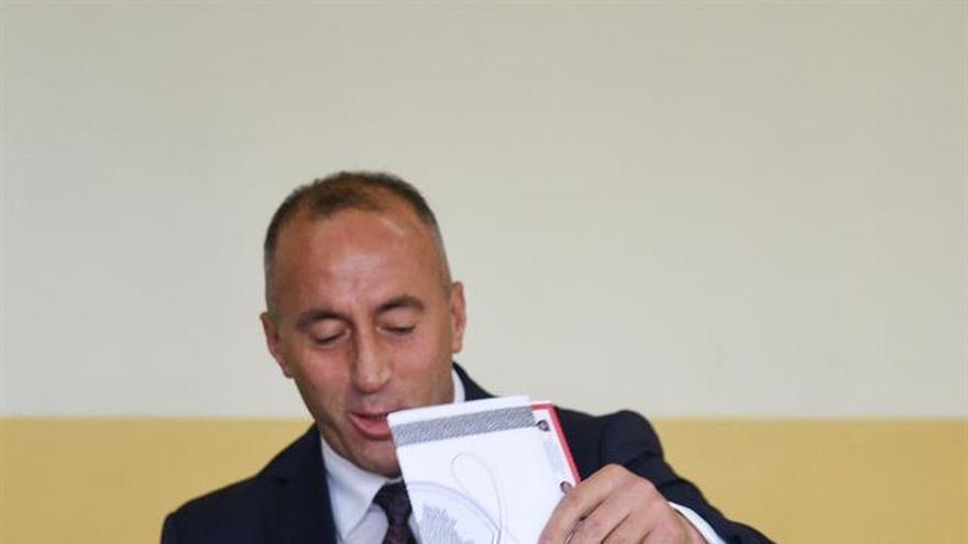El exguerrillero Haradinaj asume la jefatura del Gobierno de Kosovo