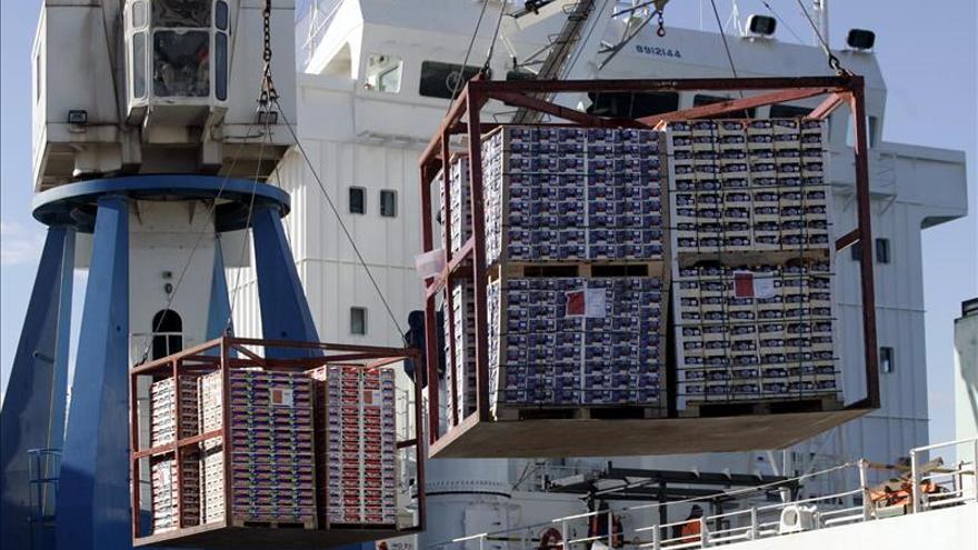 Las exportaciones de América Latina caerán un 14 por ciento en 2015, según el BID