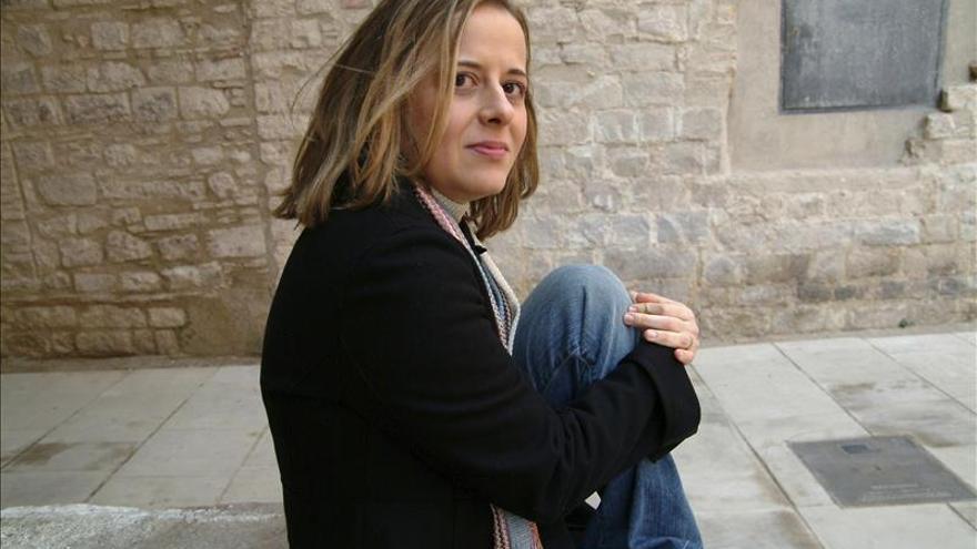 """Anna Casanovas: """"La novela romántica aporta la garantía de que acaba bien"""""""