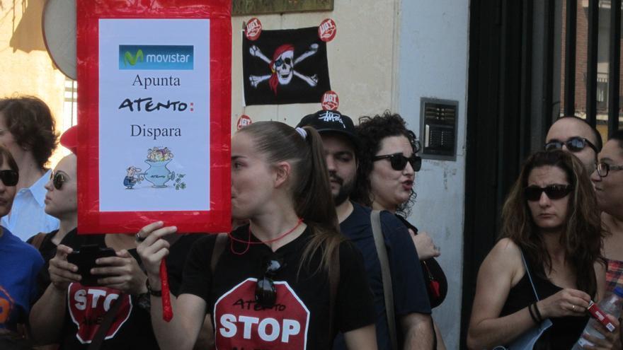 Concentración en contra del ERE de Atento, 24 de julio, Toledo