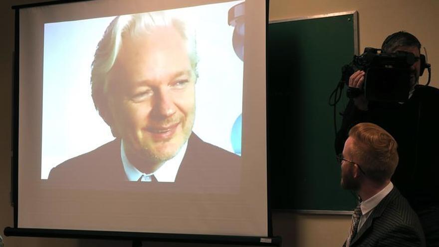 El Parlamento de Ecuador aprueba una resolución de solidaridad con Julian Assange