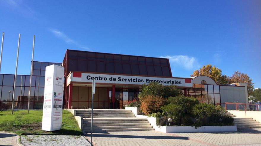 Edificio de la calle Isaac Newton, 2, en Tres Cantos, adquirido por REE a la Comunidad de Madrid.