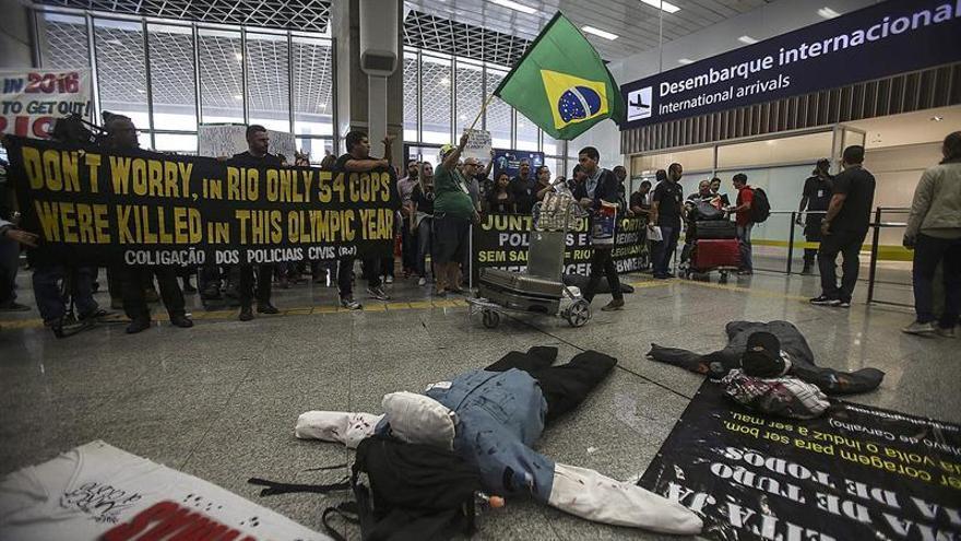 """""""Bienvenidos al infierno"""", denuncia la Policía de Río en vísperas de los JJOO"""