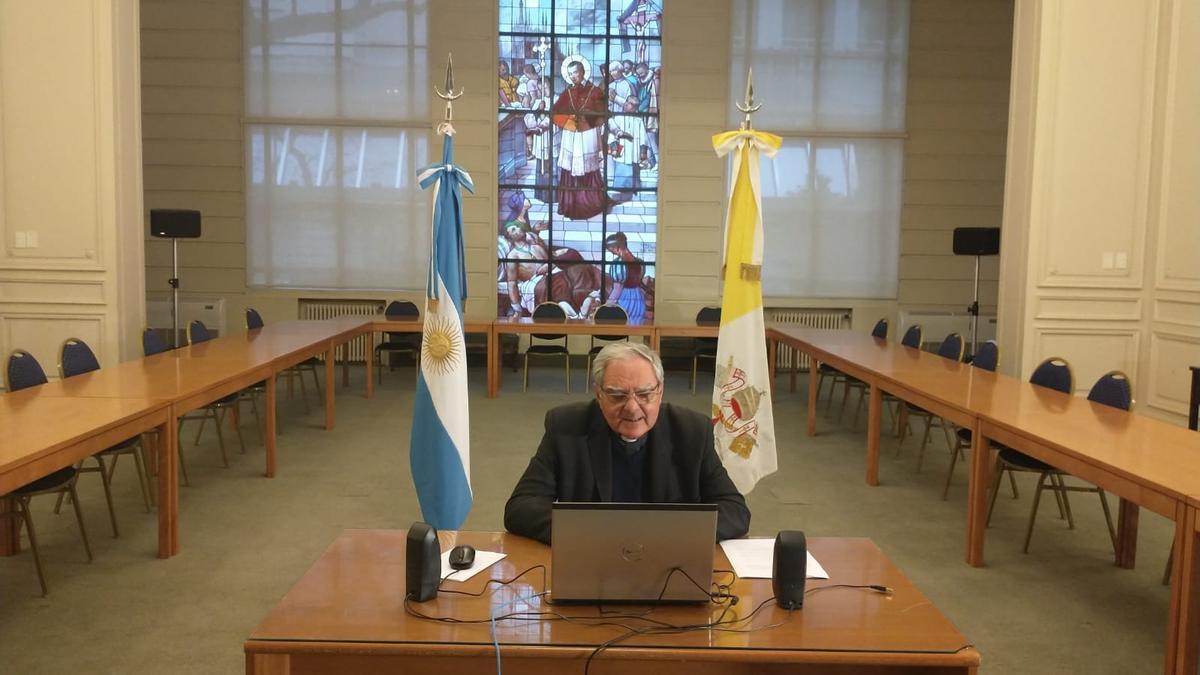 Oscar Ojea, obispo de San Isidro.
