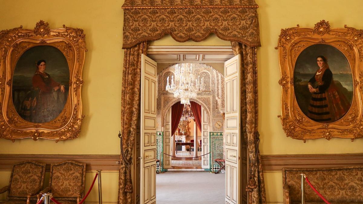 Vista desde la pieza donde se encuentra los retratos de las nodrizas de la reina Isabel II