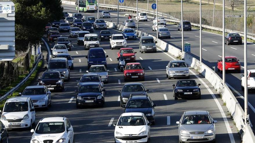Varios accidentes leves complican el tráfico en Madrid al inicio de Navidad