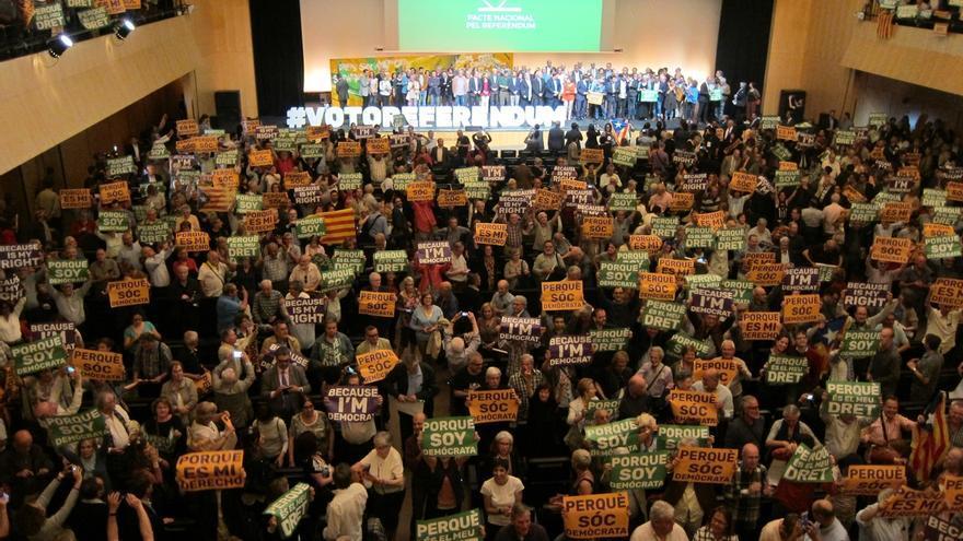 El Pacte pel Referèndum recoge más de 500.000 adhesiones y reclama diálogo