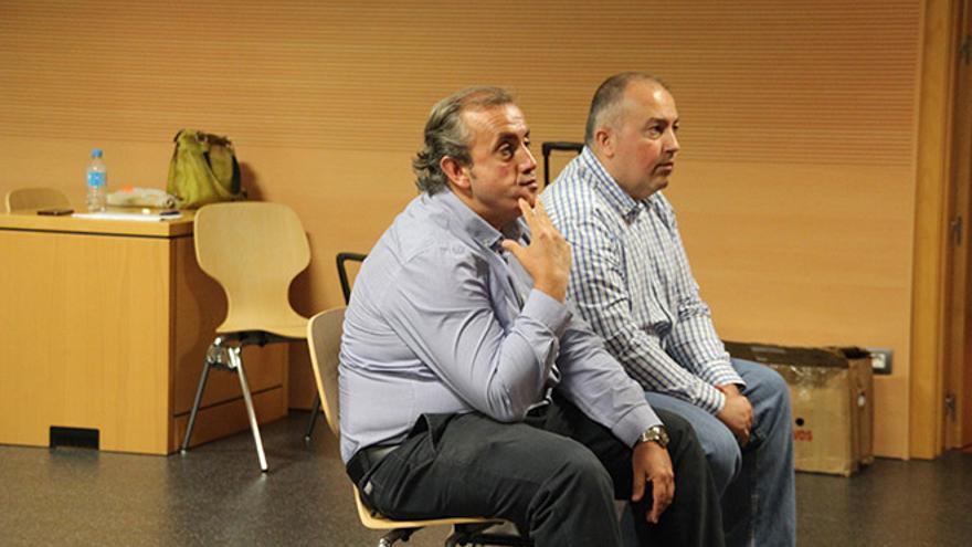 Alfonso y Juan Luis Canales, este miércoles en la Audiencia Provincial. Fotos: Manolo de la Hoz.